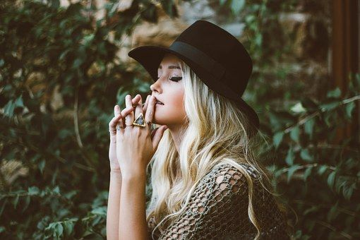 woman profile platinum blonde extensions